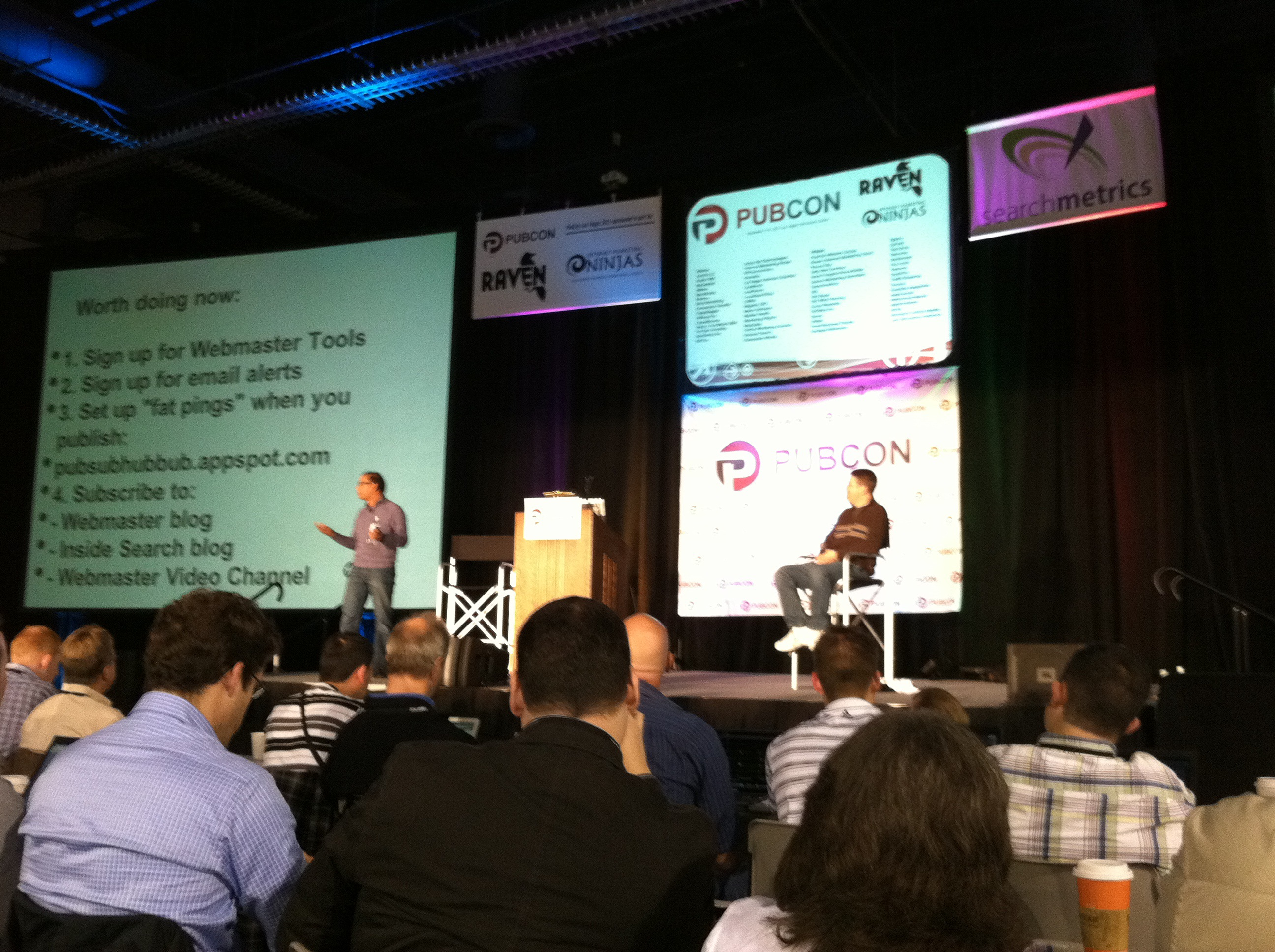 #pubcon Matt Cutts and Amit Singhal Answer Questions and Offer Advice