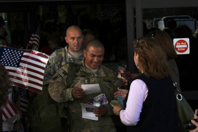 Give Back to Returning Soldiers & Veterans This Holiday Season