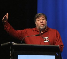 Apple Co-Founder Wozniak Believes Cloud Computing is a Brewing Storm