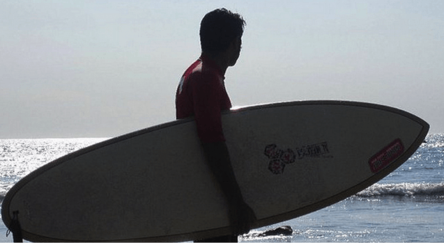 srini-surfing