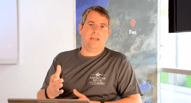 "Matt Cutts on the Difference Between ""Strong"" and ""b"" Tags in Terms of SEO"