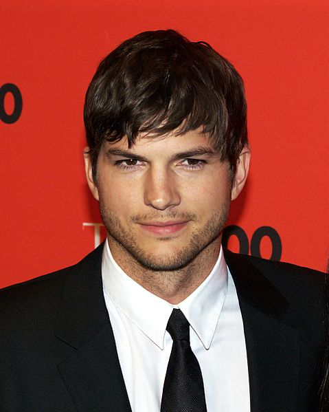 479px-Ashton_Kutcher_by_David_Shankbone