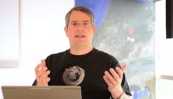 Matt Cutts Explains What To Do With Pages For Products That Are No Longer Available