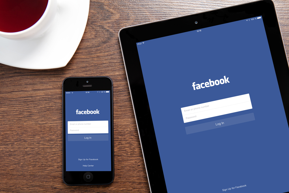 Facebook Users Spend 14 Hours Per Month on Its Mobile App [STUDY]