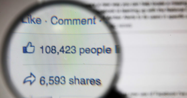 Facebook Adds 'Videos' Tab to Page Insights: Track Metrics Across Custom Date Ranges