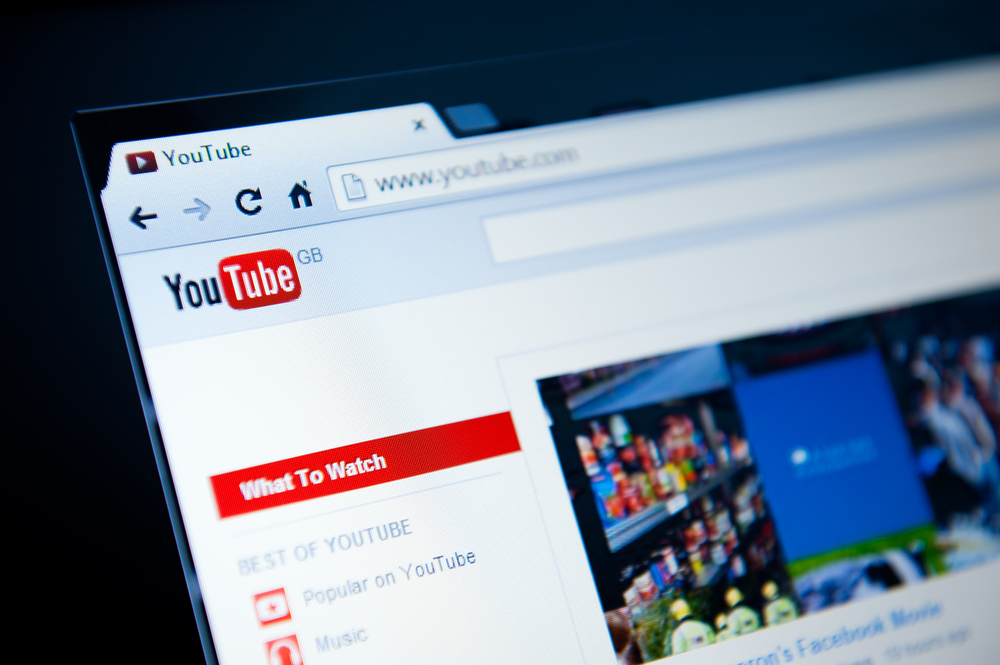 Facebook to Roll Out Video Ads, A Threat to Google's YouTube Ad Business