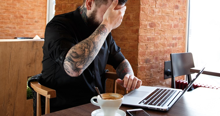 Avoid These 8 Common Mistakes When Buying a Website