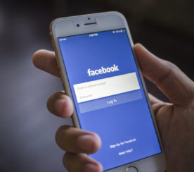 Facebook's Instant Articles Now Available to All iOS Users