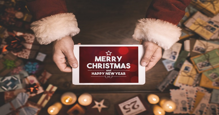 5 Digital Alternatives to Paper Christmas Cards