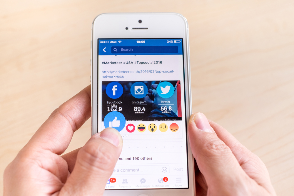Facebook to Favor Live Videos Over Recorded Videos in News Feed
