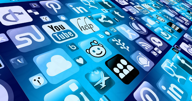 The Impact of Earned Media on App Promotion