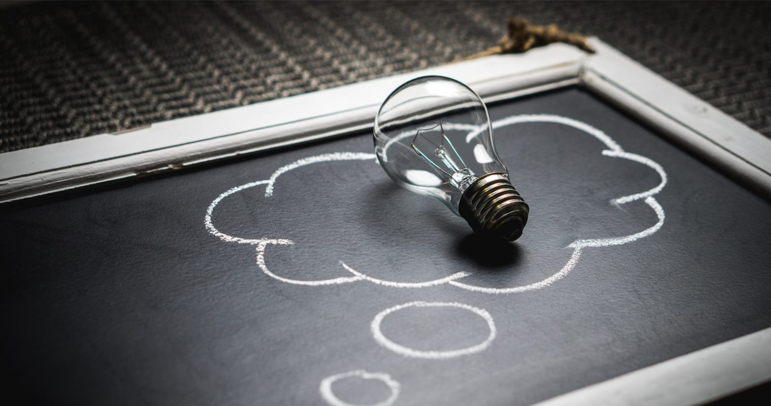 How to Become a Thought Leader in Your Niche & Build Your Brand