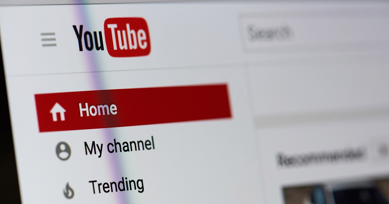 https://www.searchenginejournal.com/youtube-changes-rules-regarding-videos-external-links/216907/