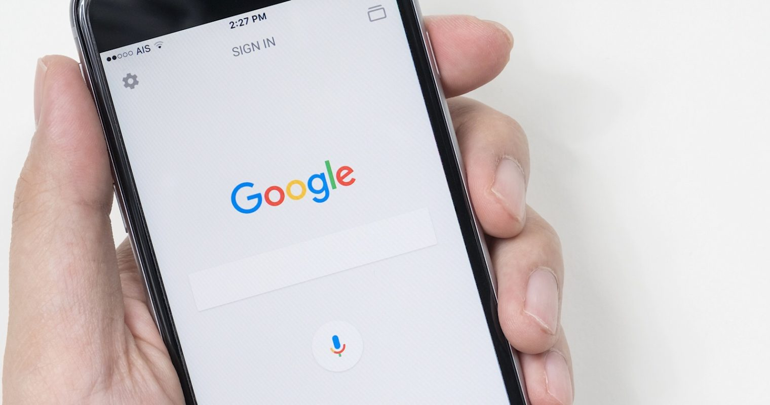 Google iOS Update: Search the Web Without Leaving iMessage