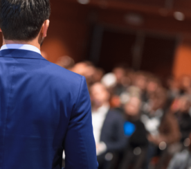 9 Expert Tips on How to Become an Effective Conference Speaker