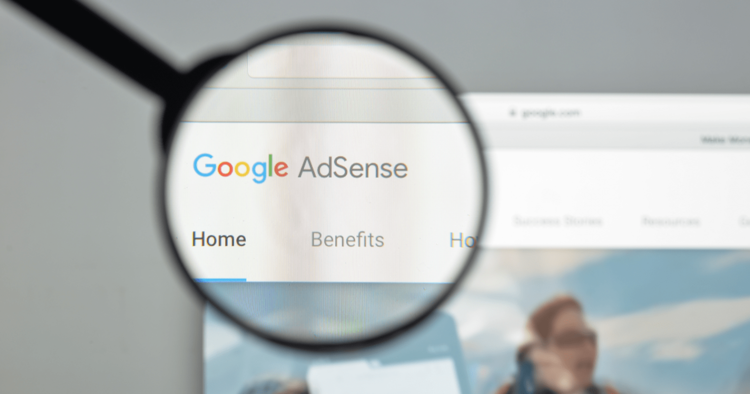 Google AdSense Earnings Fluctuations Not Related to Algorithm Update