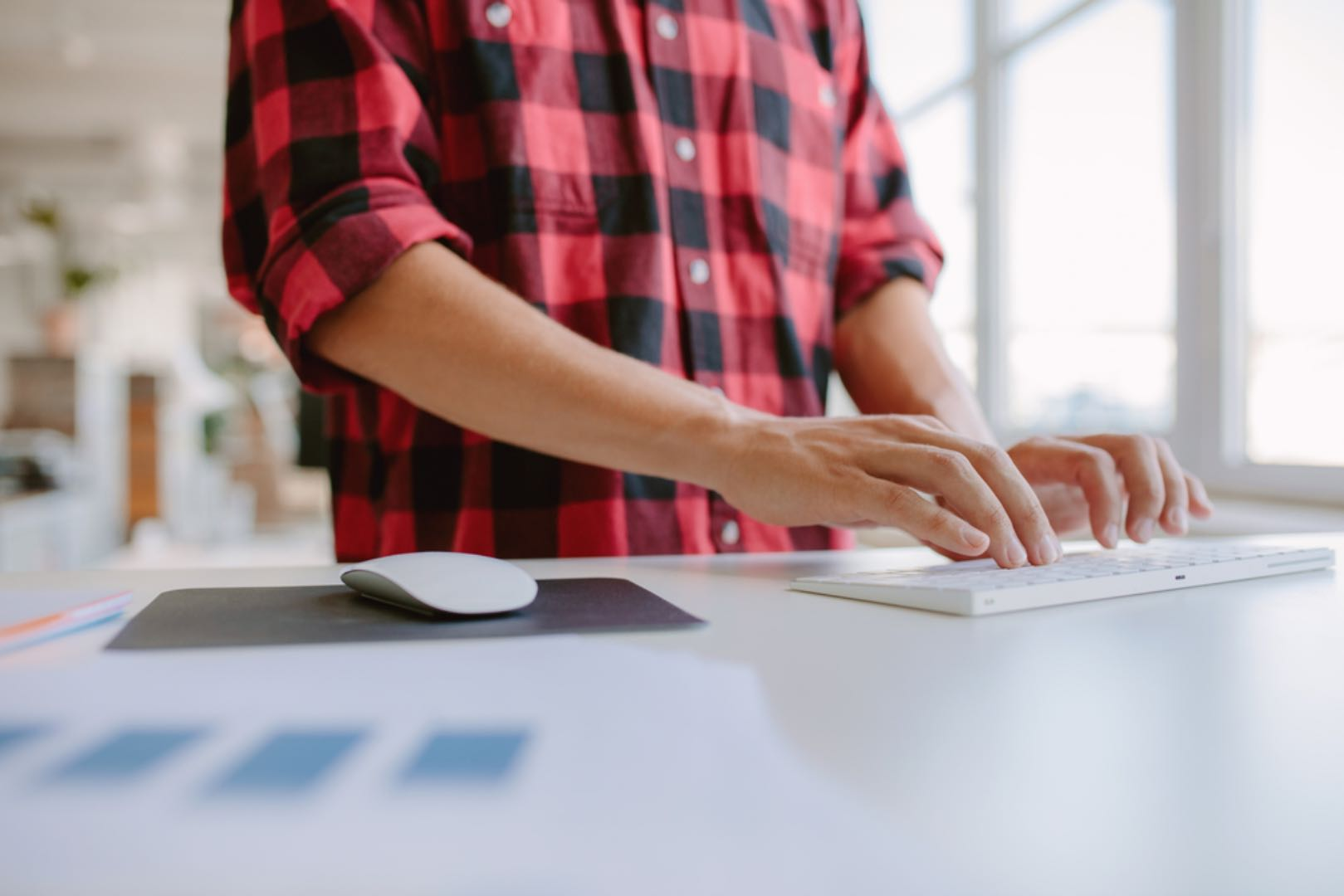 stand-up desk benefits for writers