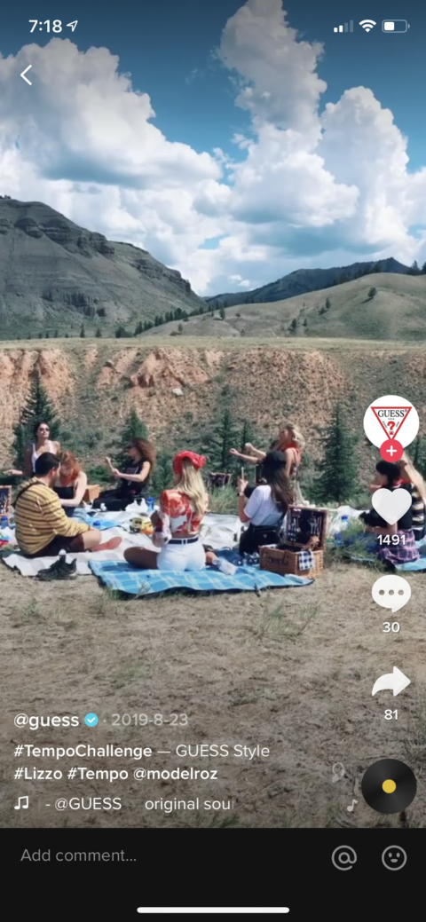 Screenshot that shows that Tiktok content is presented full screen