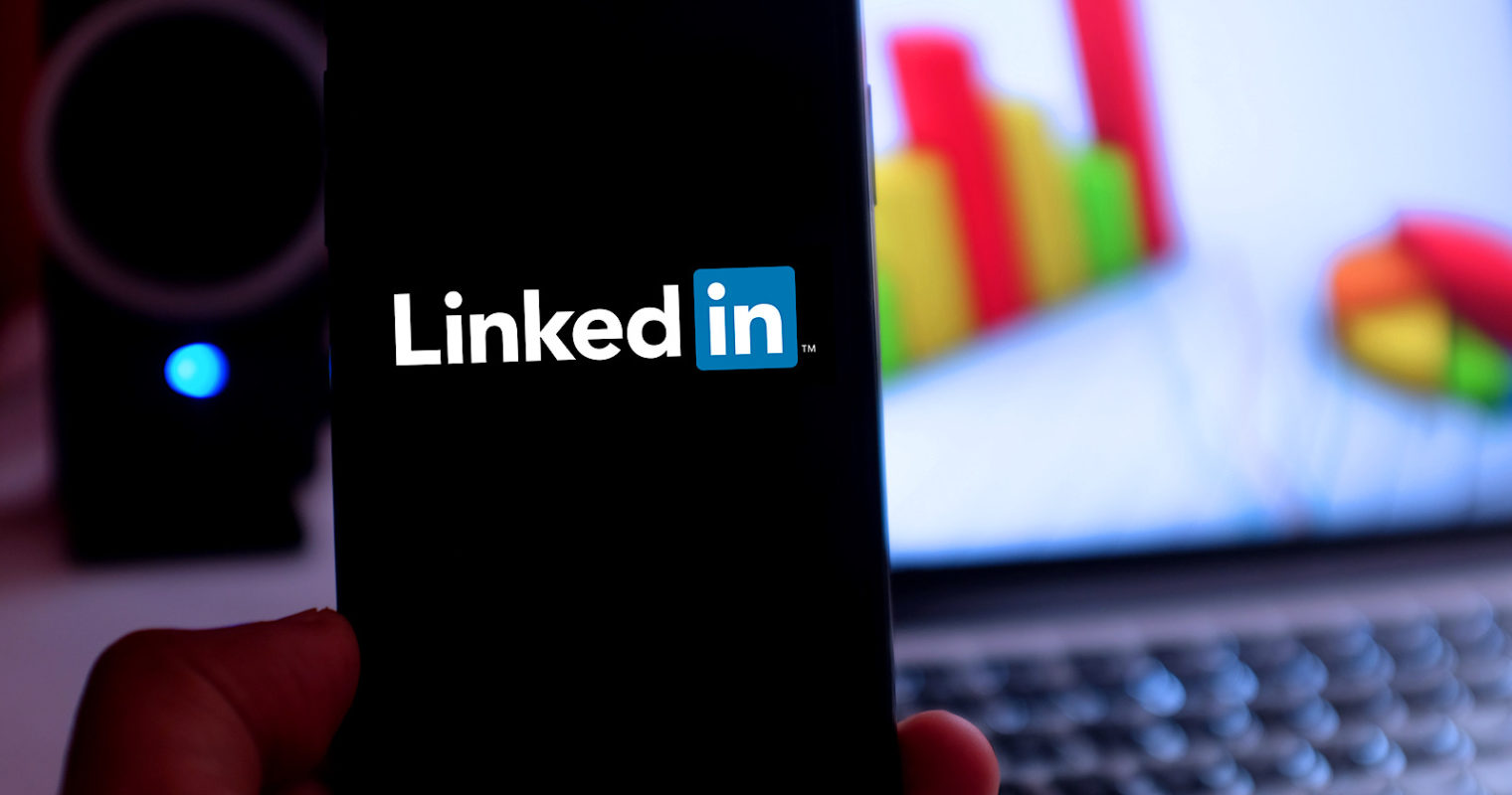 LinkedIn Now Factors 'Dwell Time' Into its Algorithm