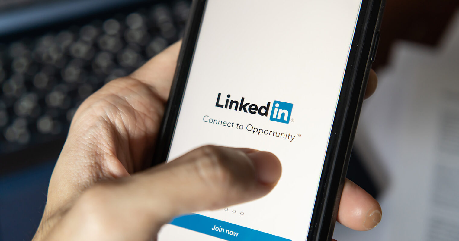 LinkedIn Users Can Now Control Who Sees Their Posts