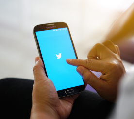 How to Be a Top Tweeter: 10 Tips That Will Get Your Tweets Noticed